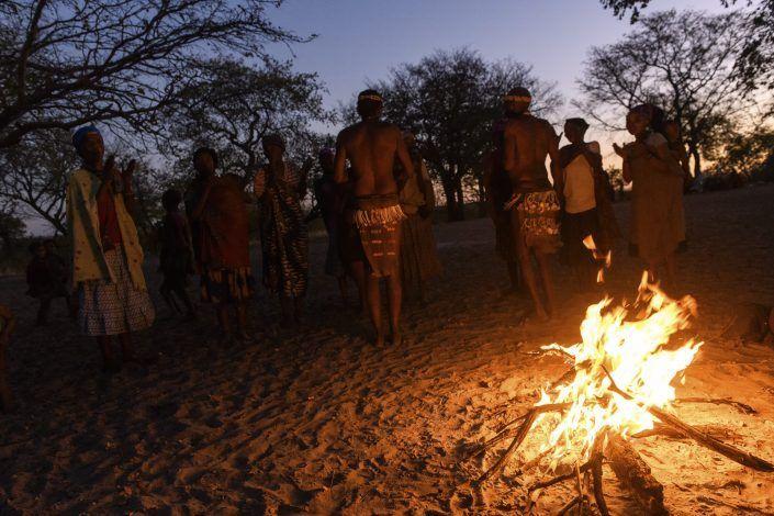 Bosquinans al Damaraland