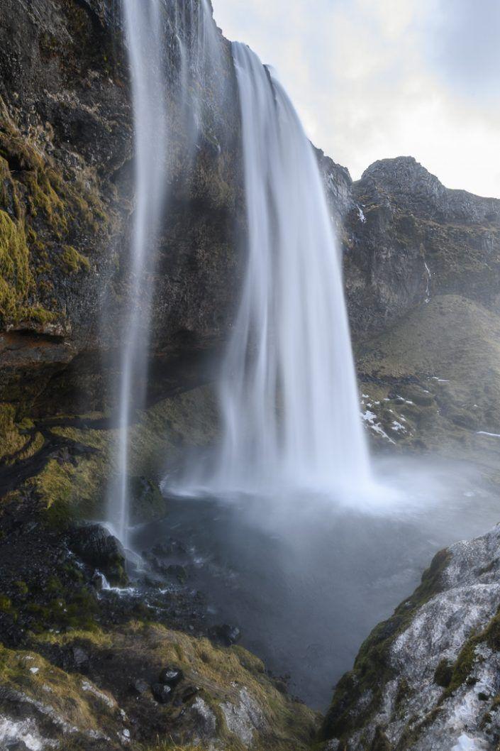 Cascada de Seljalandfoss