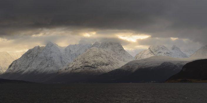 Fiordos en los Lyngen Alps